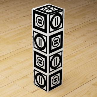 Modelo geométrico blanco y negro del signo de caja para botella de vino