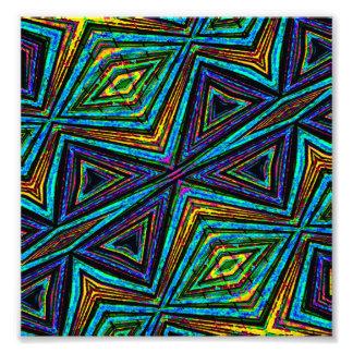 Modelo geométrico colorido del estilo tribal cojinete