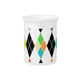 Modelo geométrico colorido jarron