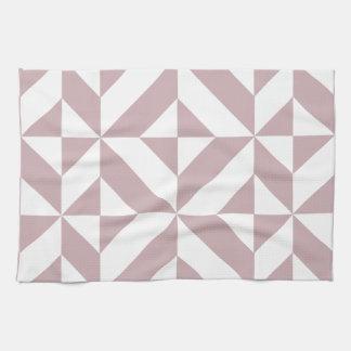 Modelo geométrico de color de malva medio del cubo toallas de mano