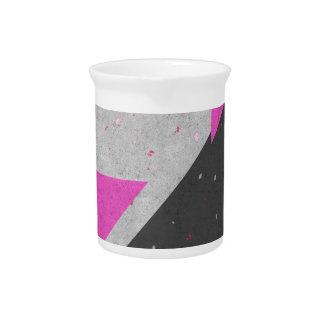 Modelo geométrico de las formas jarras para bebida