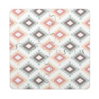 Modelo geométrico en estilo azteca posavasos de puzzle