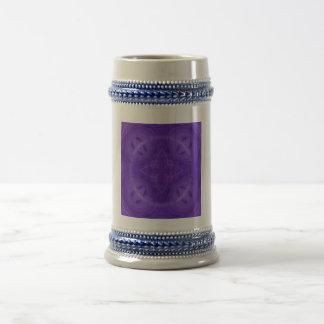 Modelo geométrico púrpura taza