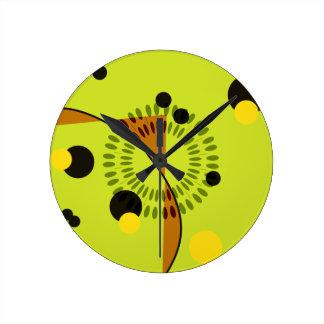 Modelo geométrico verde y negro de la cadera de lo relojes de pared