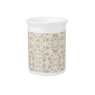 Modelo grabado en relieve floral jarra