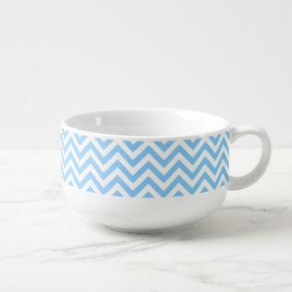 Modelo grande del azul de cielo y blanco de tazón para sopa