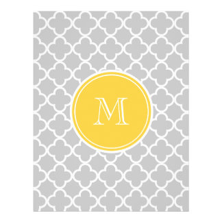 Modelo gris de Quatrefoil, monograma amarillo Tarjeton