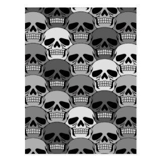 Modelo gris del cráneo que entrelaza postales