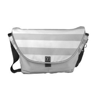 Modelo gris y blanco plateado de la raya bolsas de mensajeria