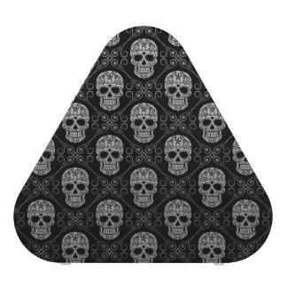 Modelo gris y negro del cráneo del azúcar altavoz