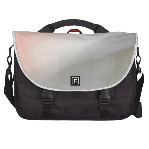 Modelo gris y rosado de la falta de definición de  bolsas para portátil