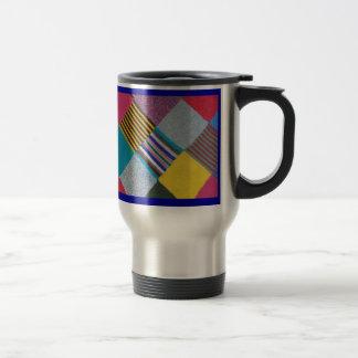 Modelo hecho punto acogedor colorido de las lanas tazas de café
