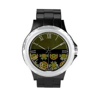 Modelo hermoso del negro y del oro reloj de mano