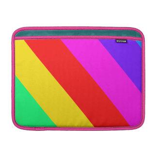 Modelo horizontal de la raya del arco iris funda macbook air