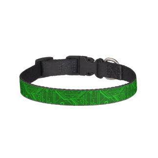 Modelo impreso verde de la placa de circuito collares para perros