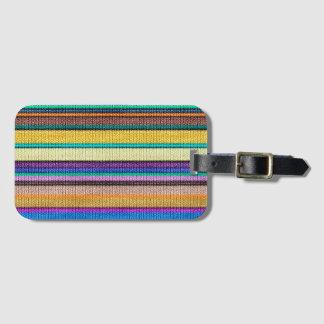 Modelo inconsútil coloreado 1 de las rayas que etiquetas para maletas