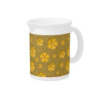 Modelo inconsútil de las flores de oro jarrón