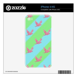Modelo inconsútil del pájaro y de las rayas iPhone 4 skins