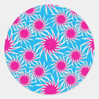 Modelo intrépido del trullo de las rosas fuertes pegatina redonda