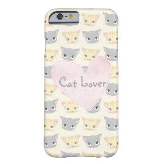 Modelo lindo de la cara del gatito funda barely there iPhone 6