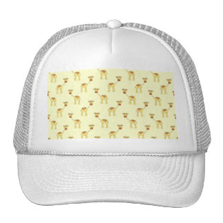 Modelo lindo de la jirafa en amarillo gorras de camionero