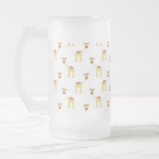 Modelo lindo de la jirafa jarra de cerveza esmerilada