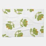 Modelo lindo de la rana verde toallas