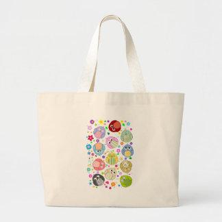 Modelo lindo de los búhos y de flores bolsa tela grande