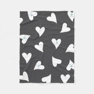 Modelo lindo del corazón del pájaro del amor manta de forro polar