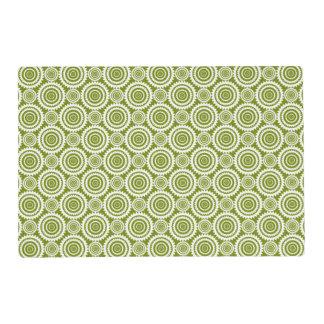 Modelo lindo del diseño geométrico del verde verde salvamanteles