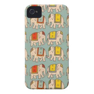 Modelo lindo del elefante de los elefantes del cir Case-Mate iPhone 4 carcasa