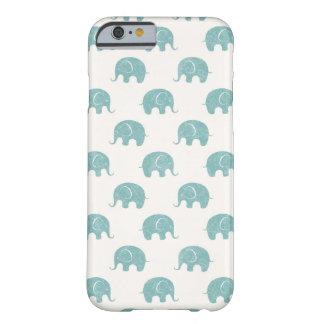 Modelo lindo del elefante del trullo funda barely there iPhone 6