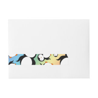 Modelo lindo del pingüino del arco iris pegatinas postales