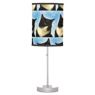Modelo lindo estupendo del gato del smoking lámpara de mesa