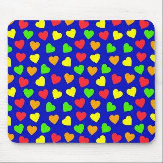 Modelo lindo Mousepad de los corazones del verde