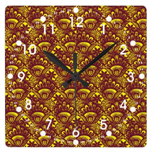 Modelo marrón y amarillo elegante del damasco del  reloj de pared