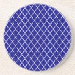 Modelo marroquí del azul marino y blanco del enrej posavasos personalizados
