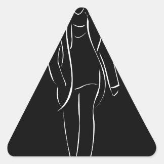 modelo masculino en desfile de moda pegatina triangular