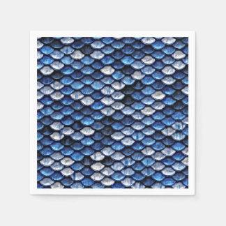 Modelo metálico de las escalas de pescados del servilletas desechables