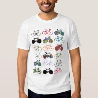 modelo multicolor de las bicicletas remera