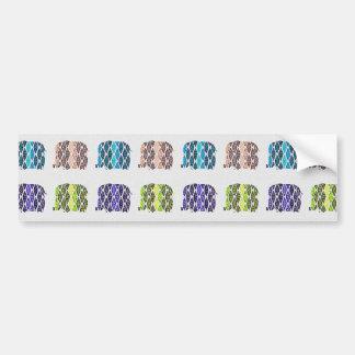 Modelo multicolor de los elefantes. Diseño Etiqueta De Parachoque