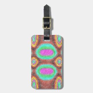 Modelo multicolor impar etiquetas maleta