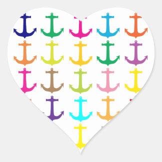 Modelo náutico del ancla de los marineros retros pegatina en forma de corazón