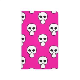 Modelo negro, blanco, rosado de los cráneos cuadernos