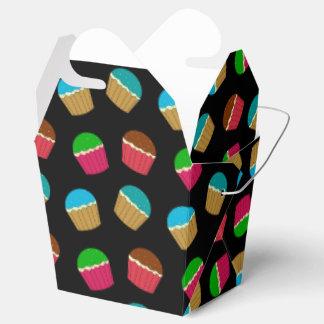 Modelo negro de la magdalena caja para regalos