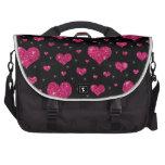Modelo negro de los corazones de las rosas fuertes bolsa para ordenador