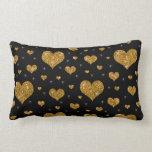 Modelo negro de los corazones del oro del brillo almohada