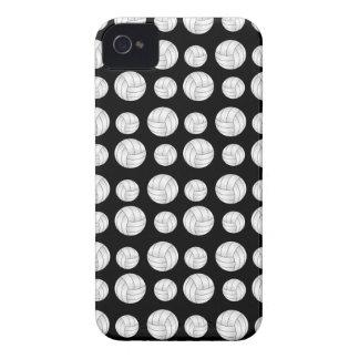 Modelo negro de los voleiboles iPhone 4 Case-Mate carcasa