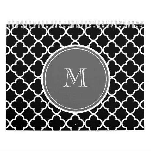 Modelo negro de Quatrefoil, monograma gris Calendario De Pared