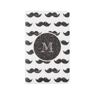 Modelo negro del bigote del brillo su monograma cuaderno grande moleskine